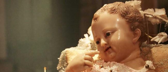 Il bambinello dato in prestito dal Monastero benedettino di San Michele Arcangelo di Mazara di Vallo ed esposto al Museo diocesano sino all'11 gennaio.