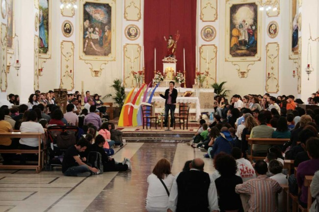 L'incontro nella chiesa madre di Petrosino.