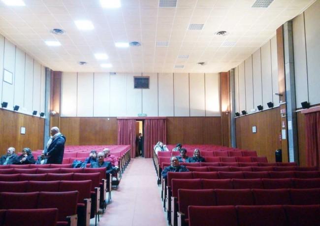 L'interno della sala.