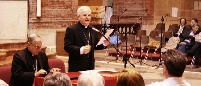 Monsignor Domenico Mogavero e monsignor Crociata.