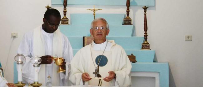 Il Vescovo di Trapani Pietro Maria Fragnelli.