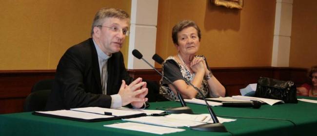 Don Daniele Saottini e Rosa Monteleone, direttore dell'Ufficio diocesano Irc.