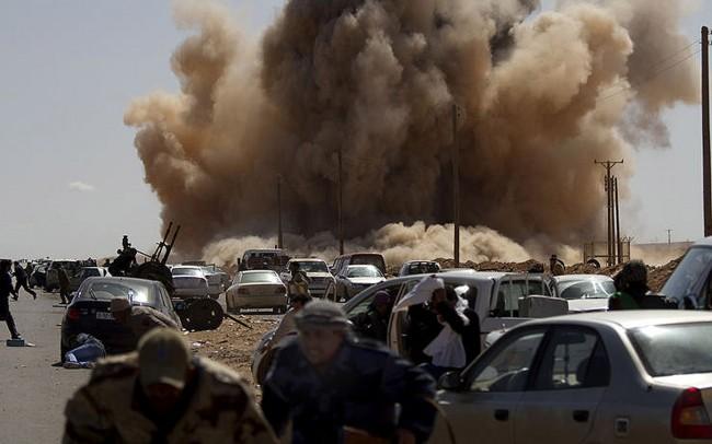 Bombardamenti in Libia.