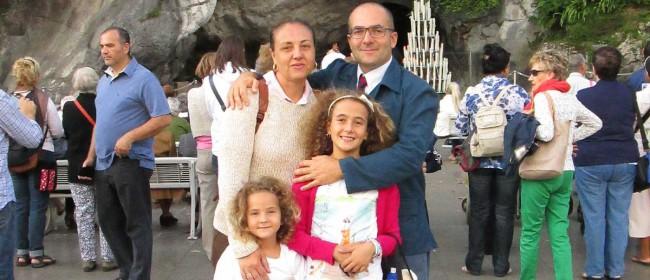 La famiglia di Giuseppe Lombardo, con Sonia Bini e le piccole Chiara e Vittoria.