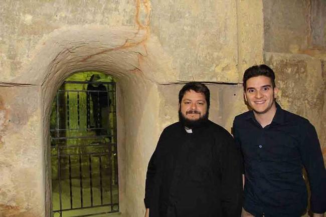 Don Giacomo Putaggio con Fabrizio Zito.
