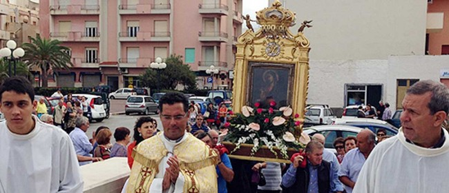 La processione dell'icona (foto: Pantelleria.com)