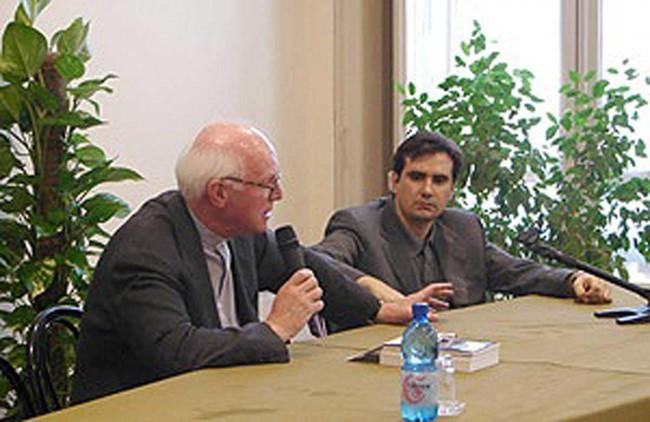 Don Massimo Naro (a destra nella foto).