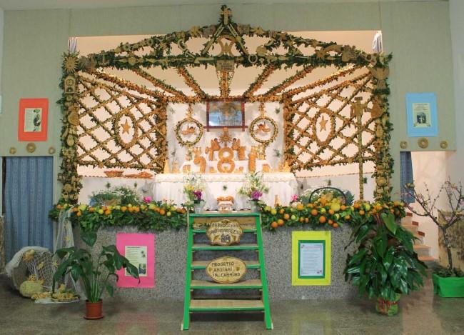 L'altare realizzato nella parrocchia