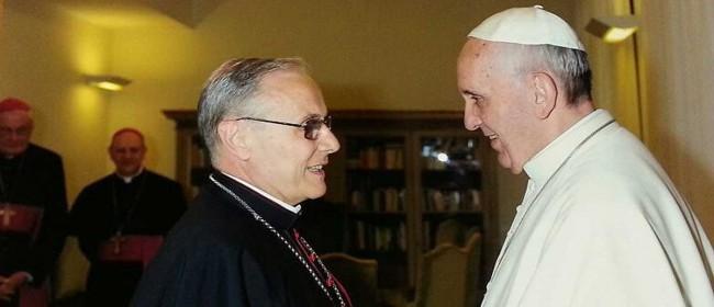 Monsignor Domenico Mogavero e Papa Francesco.