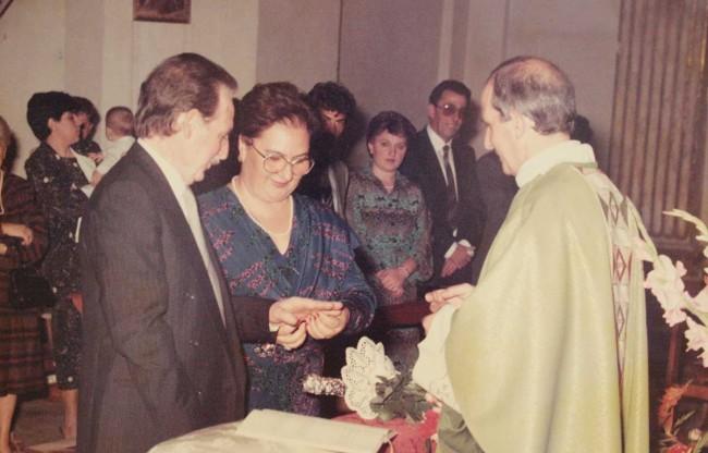 Don Pino Puglisi celebra le nozze del fratello Gaetano con Giacoma Tilotta.