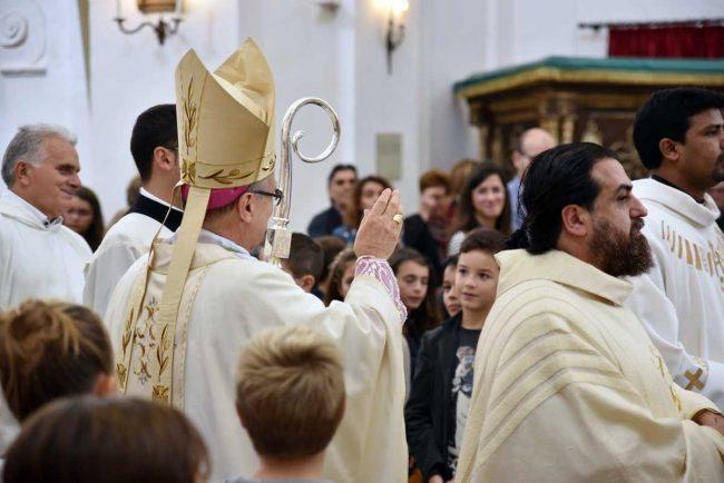 vescovo_visita