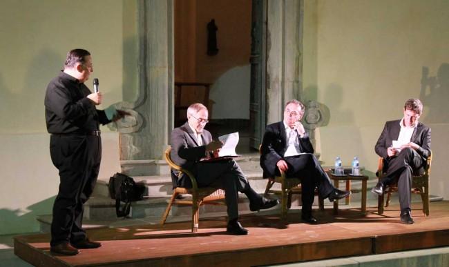 Don Edoardo Bonacasa, padre Gianni Notari, il sottosegretario Luigi Bobba e l'assessore regionale Giuseppe Bruno.