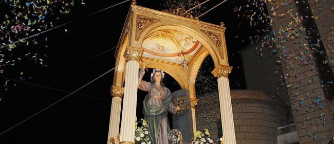 Il simulacro di Santa Rosalia durante la processione.