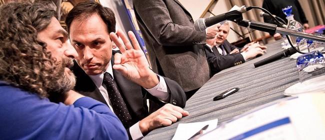 Il vice questore Giuseppe Linares con don Luigi Ciotti, presidente nazionale di Libera (foto Max Firreri)