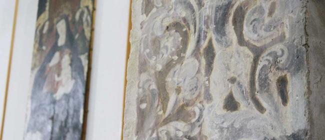 Gli affreschi della cappella dei Ss. Crispino e Crispiniano.