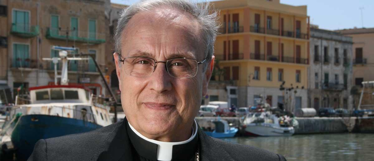 Auguri Di Buon Natale Al Vescovo.Natale 2013 Il Messaggio Di Auguri Del Vescovo Il Testo E