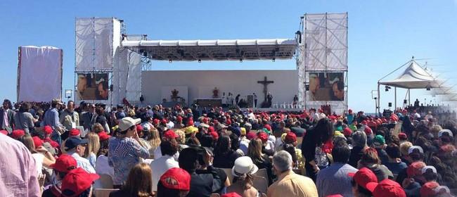 Il palco montato al Foro Italico (foto di Elvira Terranova).