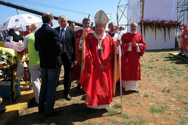 L'arrivo dell'Arcivescovo di Palermo, il cardinale Paolo Romeo.